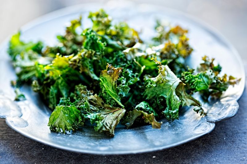 Seasoned Baked Kale Chips