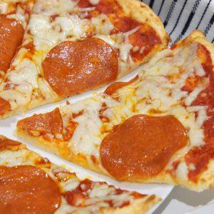 low-carb keto pizza dough