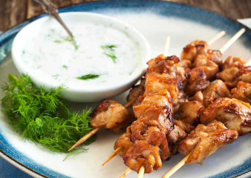 Mediterranean Chicken Skewers (Keto / Low-Carb)