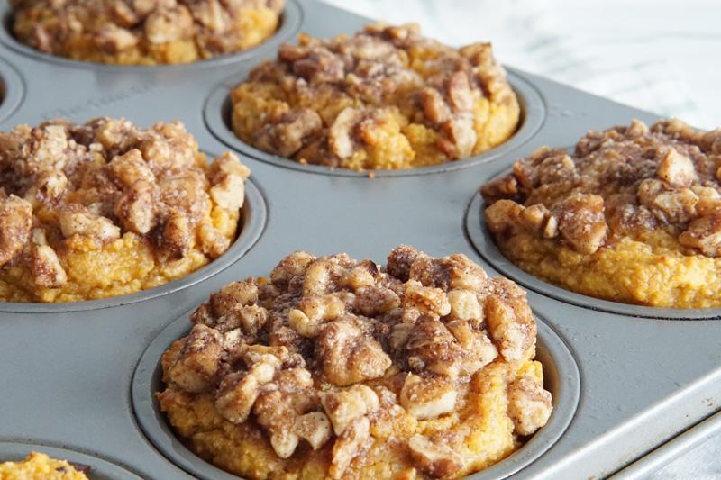 Keto Pumpkin Muffins with Walnut Crumble